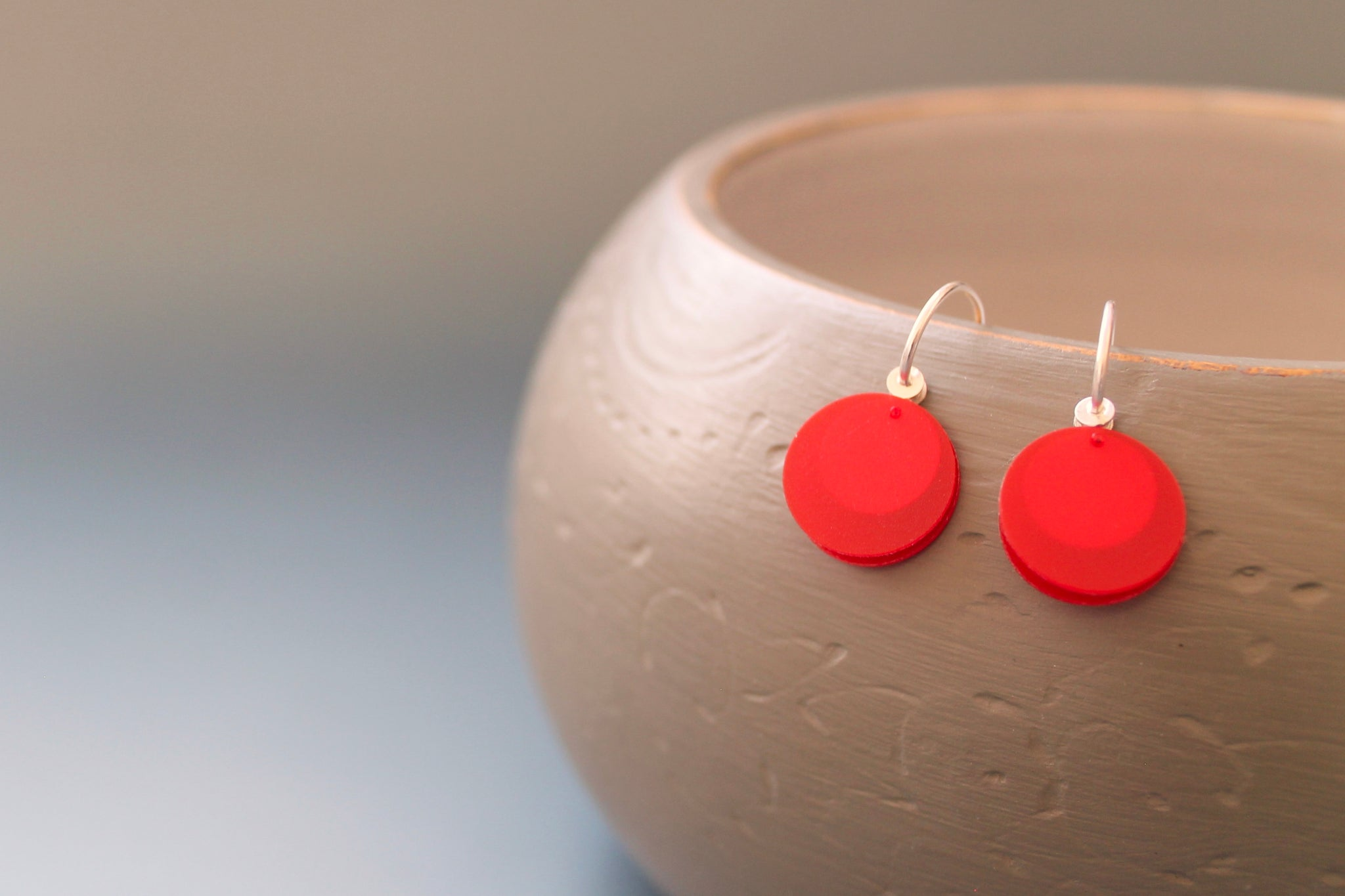 light earrings in sterling silver and red