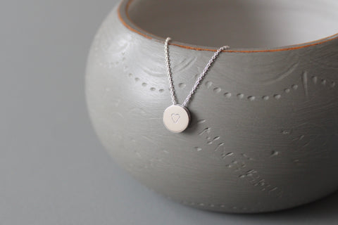 minimalist heart pendant necklace in sterling silver