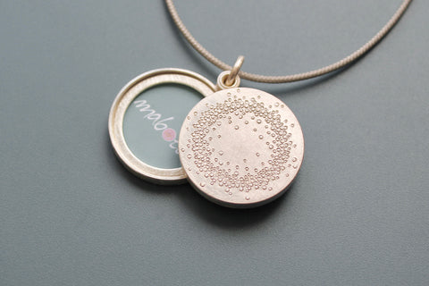beautiful mabotte silver locket for two photos 1000 dots design