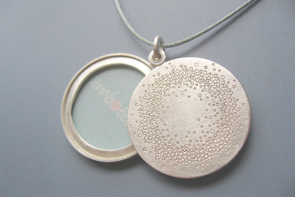 mabotte locket for one large photo handmade in sterling silver with 1000 dots design