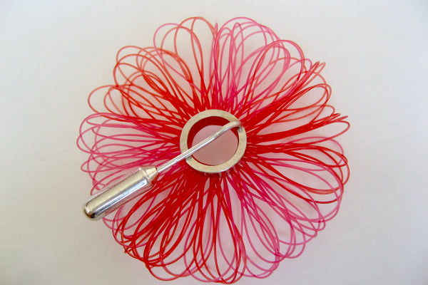 "Brooch, Sterling silver with plastic, diameter 45mm, color red and pink, design ""big loops"""