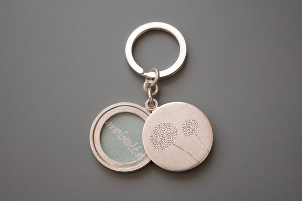 mabotte silver keychain photo locket with dandelions