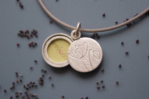 unique floral locket for one picture with poppies in sterling silver