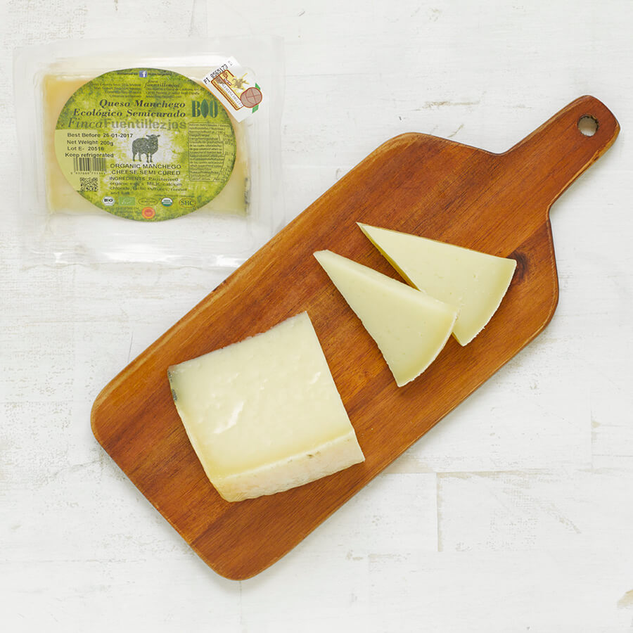Organic Manchego DOP Semi Cured 200g