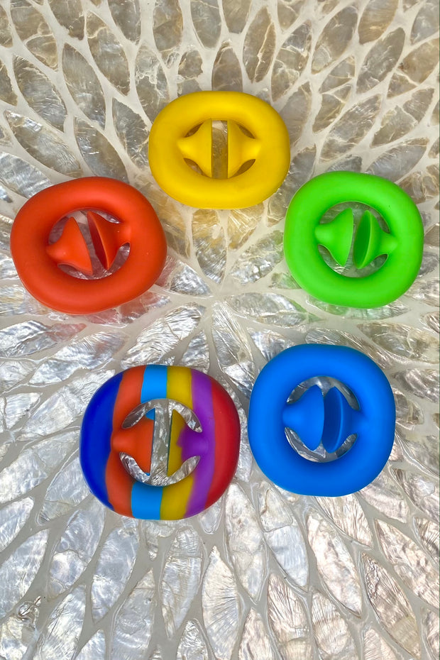 Pop Snapper Fidget Toy - Rainbow