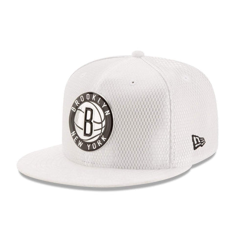 New Era Hats 7 1/4 Brooklyn Nets New Era 59FIFTY On Court Fitted Hat - White