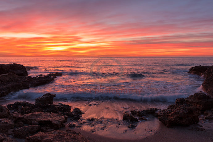 Reddish dawn by the sea of Oropesa