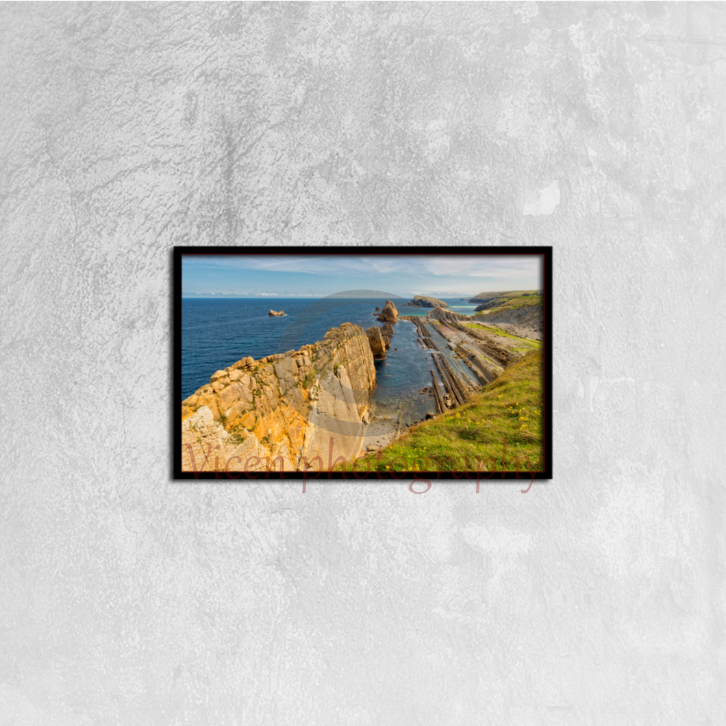 The Beach Of Arnia In Cantabria - Canvas framed