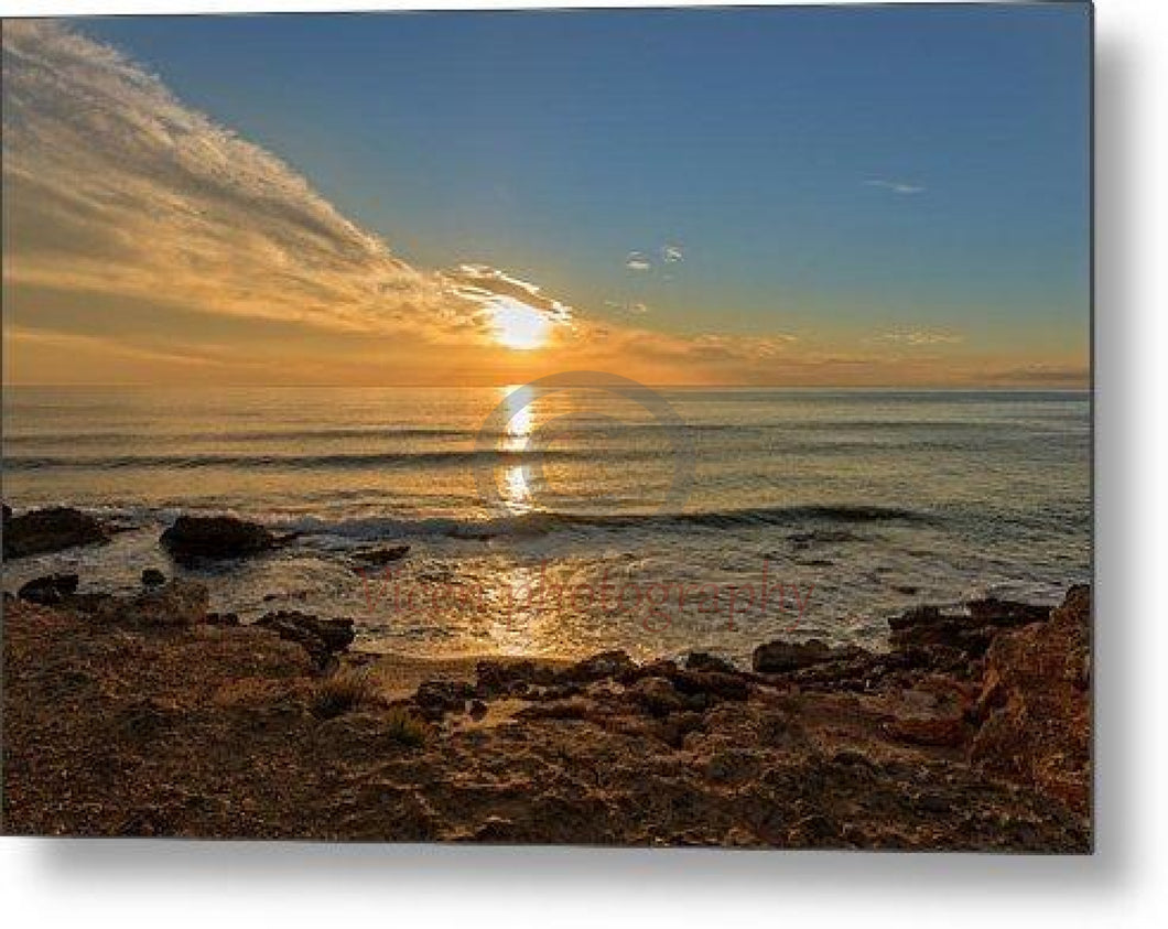 The Calm Sea In A Very Cloudy Sunset - Metal Print 10.000 X 6.625