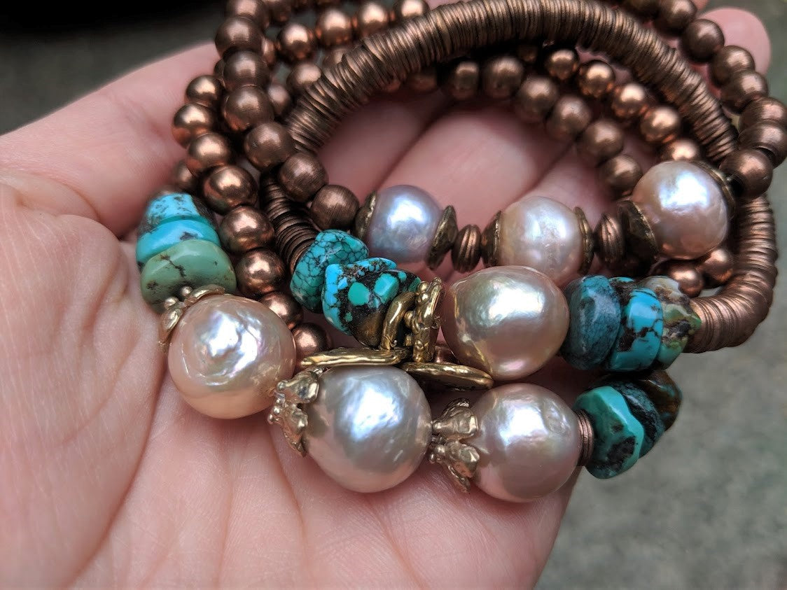 Handmade Turquoise Gemstone & Three Pink Pearls Elastic Bracelet by Aurora Creative Jewellery