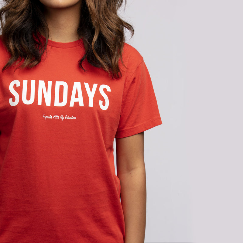 woman wearing Los Sundays tee red