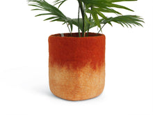 Load image into Gallery viewer, Flower Pot 18 - L