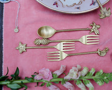 Load image into Gallery viewer, Magic Dessert Fork Set (4pcs)