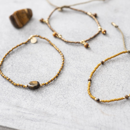 Friendly Tiger Eye Gold Bracelet