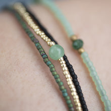 Load image into Gallery viewer, Bloom Aventurine Gold Bracelet