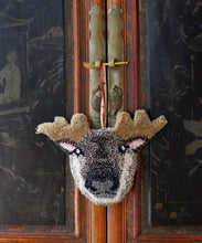 Load image into Gallery viewer, Macho Moose Gift Hanger