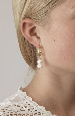 ANNI LU - DIAMONDS & PEARLS EARRINGS (PAIR) - WHITE SMOKE