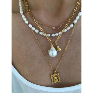 STINE A - WHITE PEARLS & CANDY STONES NECKLACE GOLD