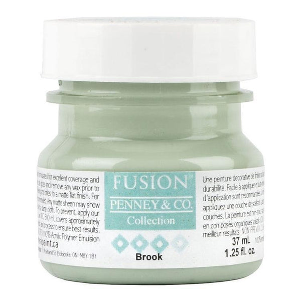 Fusion Mineral Paint Brook @ The Painted Heirloom
