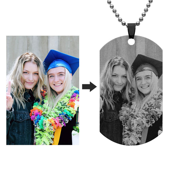 personalize custom picture pendant to commemorate precious moments, jng062101