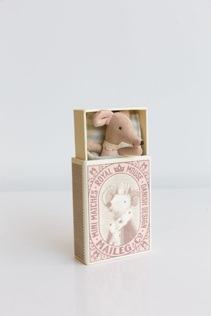 Maileg Royal Sleepy mouse in Box