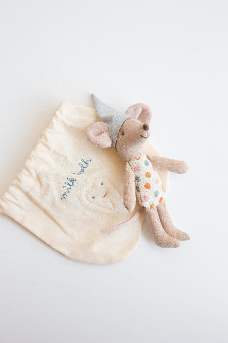 Tooth Fairy Mouse in Travel Bag