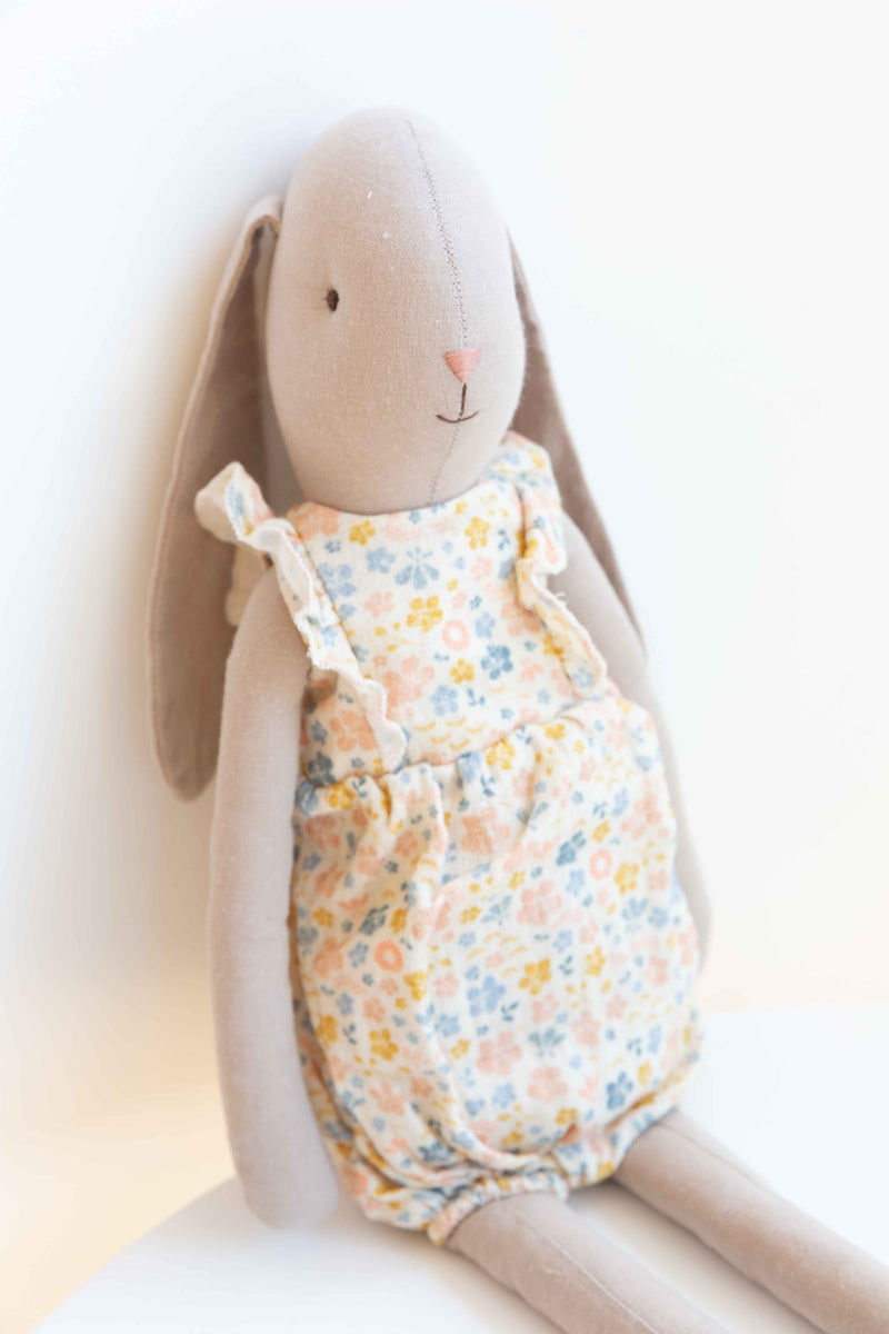 Maileg bunny in Flower Jumper