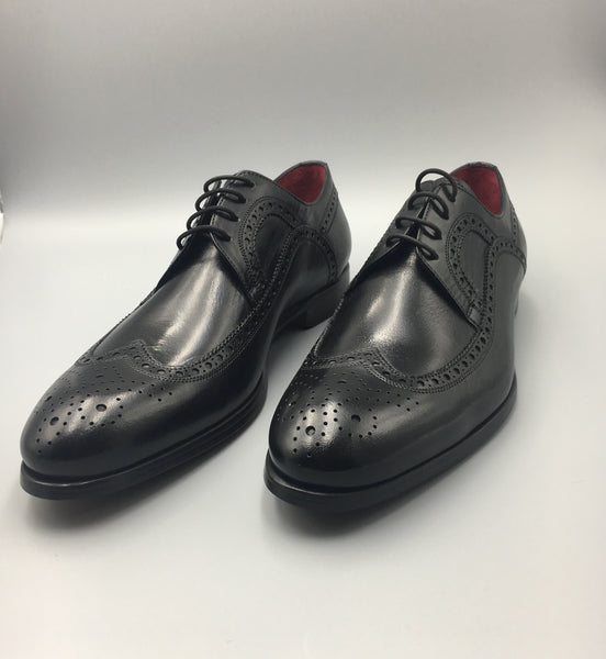 Black Double-Sole Wingtips