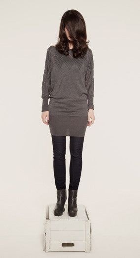 Pointelle sweater dress/Robe-pull à manches longues