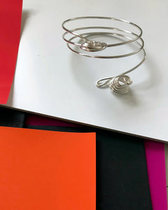 A Three Wrap Silver-toned Bracelet