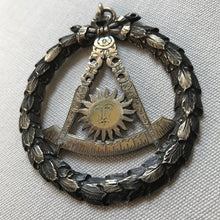 Load image into Gallery viewer, Masonic Pendant