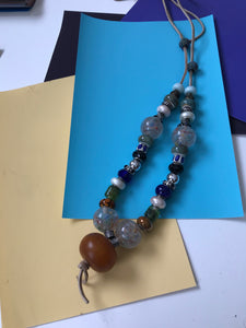 Half length bead necklace