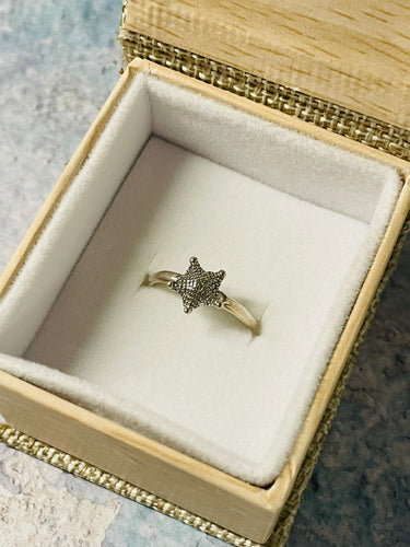 Starfish Stackable Ring in Sterling Silver