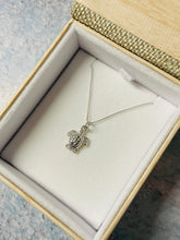 Load image into Gallery viewer, Sea Turtle Layering Necklace