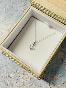 Anchor Layering Necklace