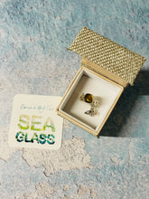 Load image into Gallery viewer, Honeycomb Sea Glass Ring
