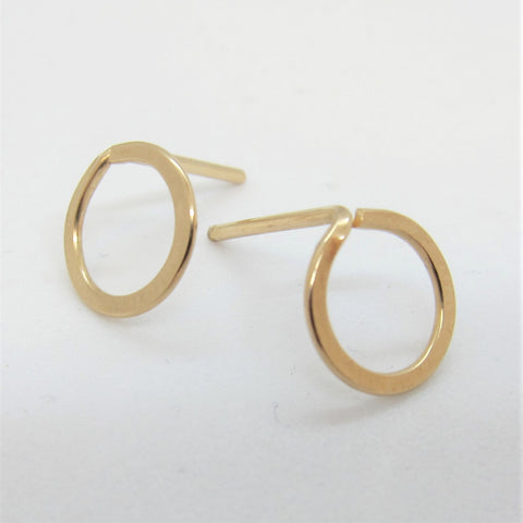 J.Mills Studio - Small Forged Circle Stud Earrings Gold