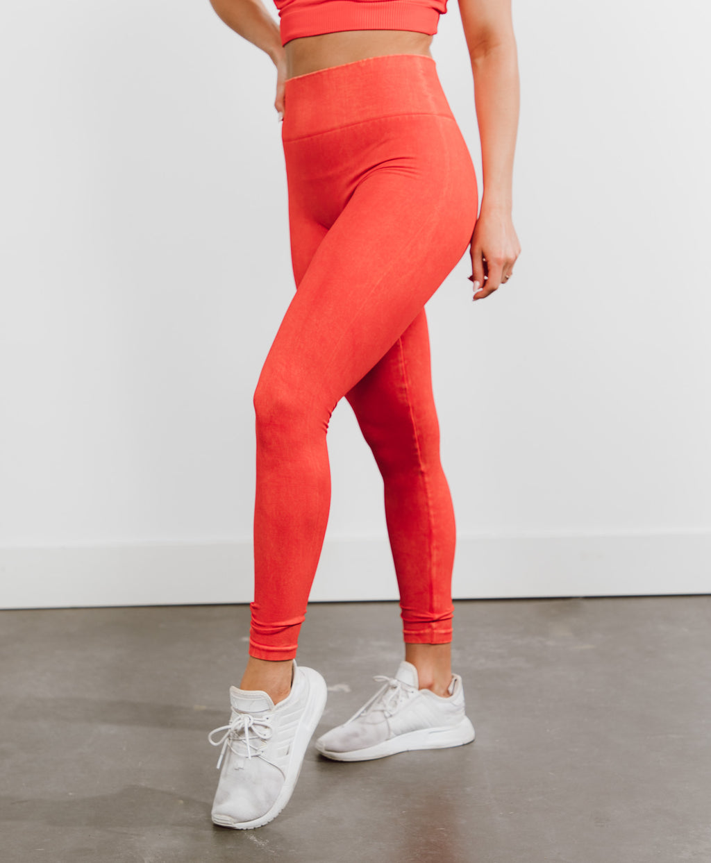 Cassi Seamless Leggings in Red