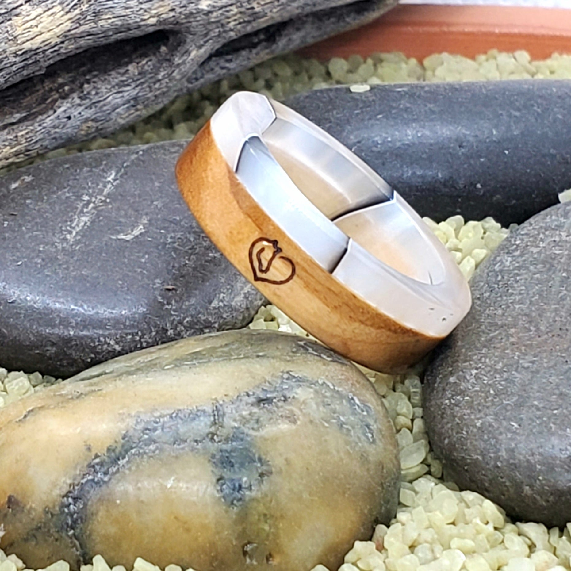 Olive Wood Horse Lover Ring with Silver Shadow Acrylic Liner