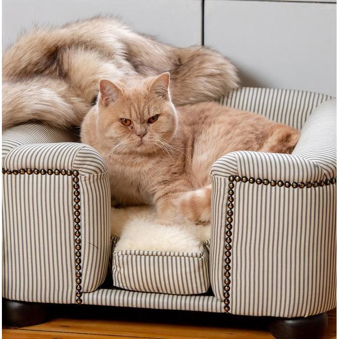 Cat Chesterfield Sofa