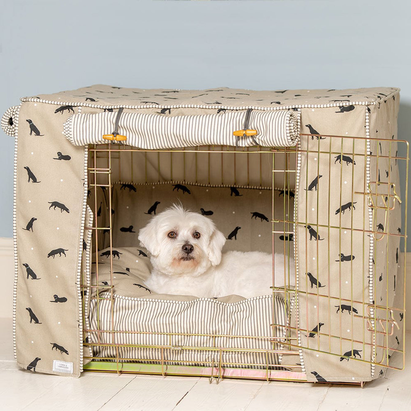 dog crate set with bedding from Lords & Labradors