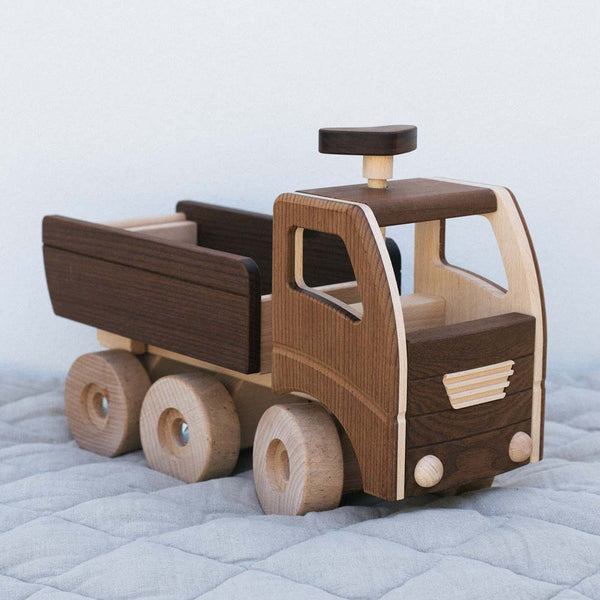 Warren Hill Goki Nature Dump Truck Wooden Toys