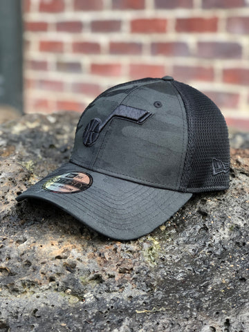 Jazz New Era Black Note Mesh Camo Front Stretch Fit - Utah Sports Collective