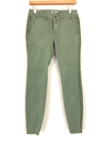 "Vineyard Vines Army Green Pants With Ankle Zipper- Size 2 (Inseam 28.5"")"