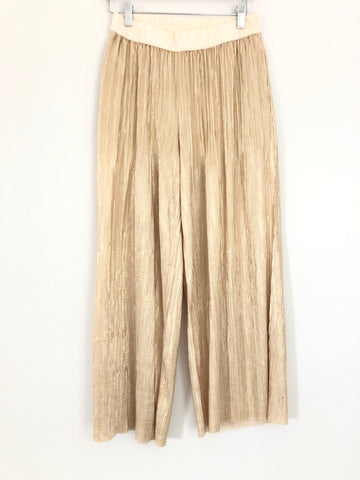 "Elevenses (Anthropologie) Gold Pleated Flowy Pants- Size XS (Inseam 24.5"")"