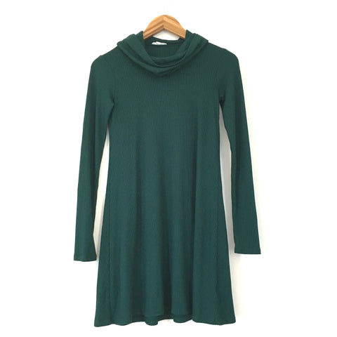 Socialite Forrest Green Long Turtleneck Ribbed Sweater Dress- Size XS