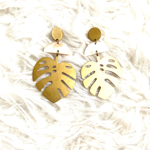 Accessory Concierge Leaf Earrings