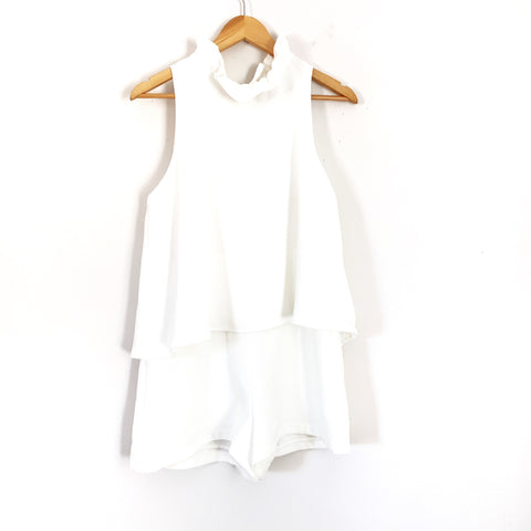 DO+ BE White Ruffle Collar Tie Back Tiered Romper- Size M