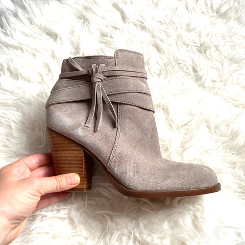 Sole Society Grey Suede Tassel Block Heel Booties- Size 9 (Great condition!)