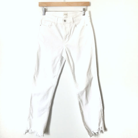 "Sneak Peek White Raw Hem Jeans- Size 27 (Inseam 25"")"